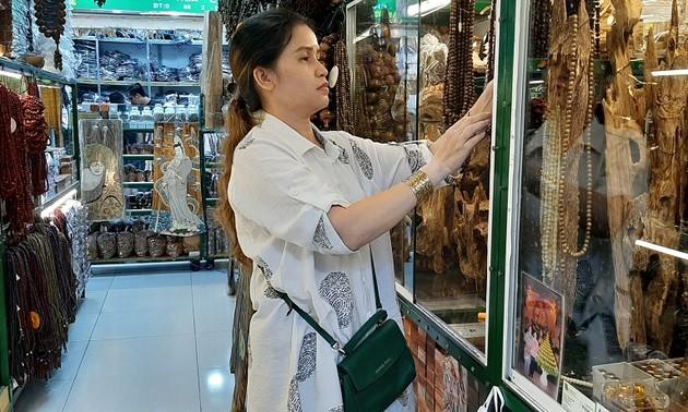 Tiểu thương ở Thành phố Hồ Chí Minh tham gia phiên chợ online