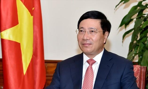 Phó Thủ tướng, Bộ trưởng Ngoại giao Phạm Bình Minh dự Hội nghị hẹp Bộ trưởng Ngoại giao ASEAN theo hình thức trực tuyến
