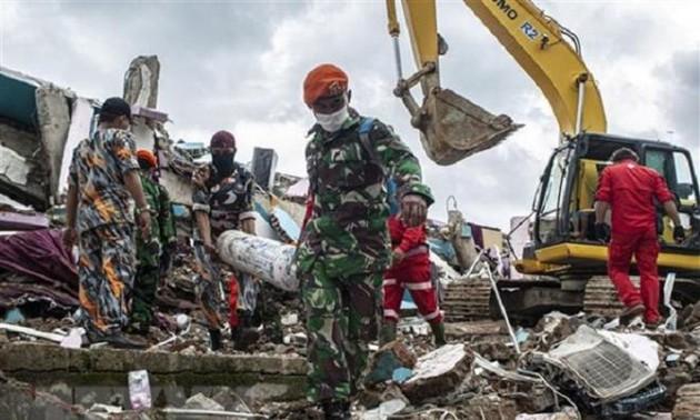 Điện chia buồn về động đất và tai nạn máy bay ở Indonesia