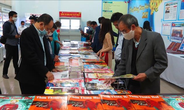 Thừa Thiên - Huế: Khai mạc Hội Báo Xuân Tân Sửu 2021