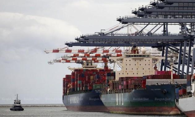 JETRO: Xuất khẩu của 6 nước ASEAN năm 2020 chỉ giảm 2,2% dù đại dịch