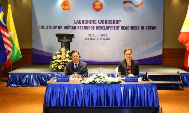 Ra mắt Báo cáo nghiên cứu khu vực về sự sẵn sàng phát triển nguồn nhân lực trong ASEAN