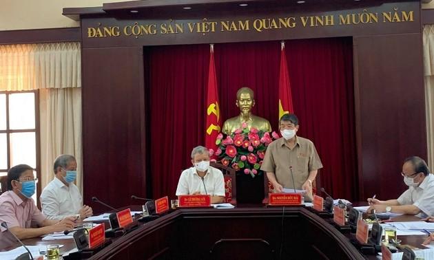 Kiểm tra công tác bầu cử tại tỉnh Thừa Thiên Huế và Bình Định