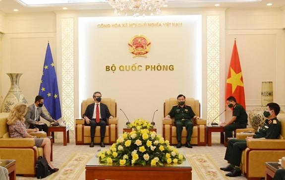 Đẩy mạnh hợp tác quốc phòng Việt Nam-EU
