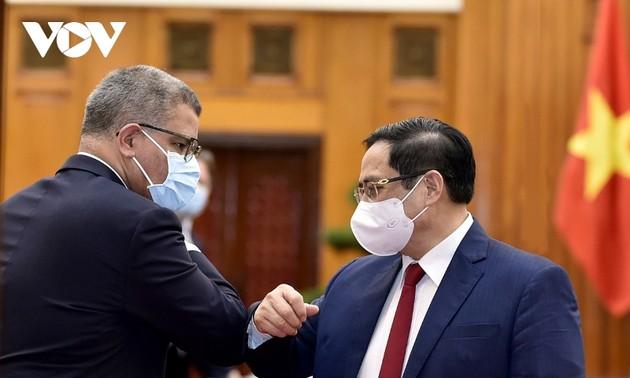 Thủ tướng Phạm Minh Chính tiếp Chủ tịch Hội nghị COP-26
