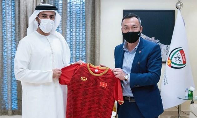 Việt Nam và UAE nhất trí mở rộng quan hệ hợp tác, phát triển bóng đá
