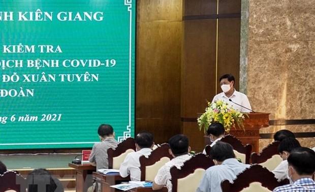 Kiên Giang: Tiêm vaccine ở Phú Quốc để đón đầu đợt du lịch cuối năm