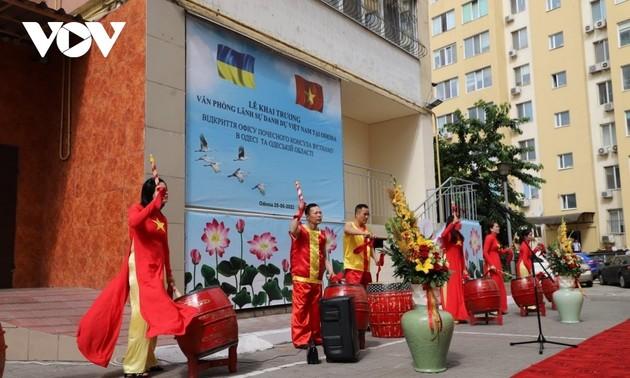 Ưu tiên việc dạy tiếng Việt cho con em cộng đồng người Việt tại Odessa-Ucraina