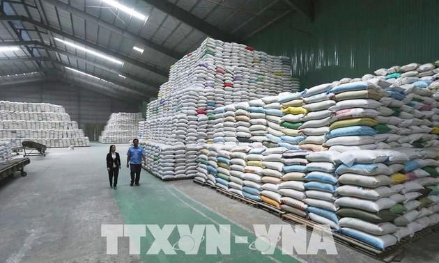 7 tháng, kim ngạch xuất khẩu hàng hóa cả nước tăng 25,5%