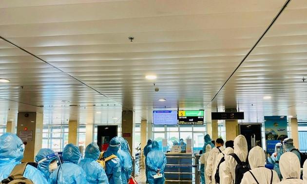 Bamboo Airways bay chuyên cơ khứ hồi đưa gần 200 y, bác sĩ vào Thành phố Hồ Chí Minh chống dịch
