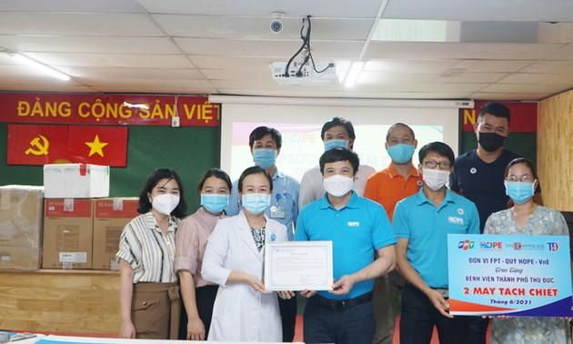 Quỹ Hy vọng tặng 170.000 bộ bơm tiêm vaccine Covid-19
