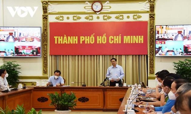 Thủ tướng Phạm Minh Chính làm việc với lãnh đạo thành phố Hồ Chí Minh