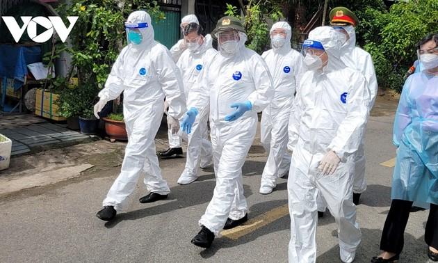 Thủ tướng Phạm Minh Chính: Thành phố Hồ Chí Minh phải tranh thủ thời gian vàng để kiểm soát dịch bệnh nhanh nhất có thể