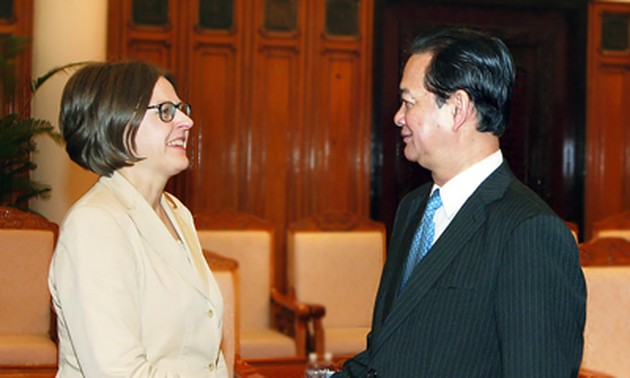 PM Dung receives Finish Minister for International Development