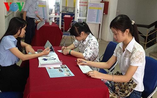 Growth momentum boosts labor market