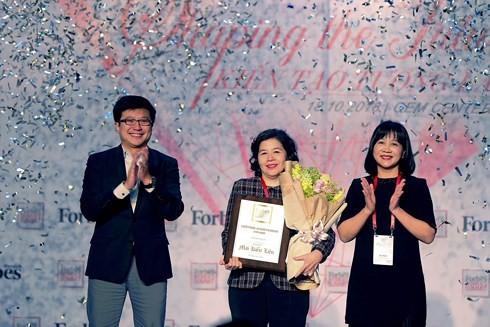 Mai Kieu Lien receives Forbes Vietnam Lifetime Achievement Award