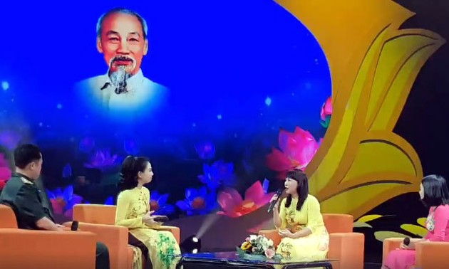 Exchange program promotes role model in following Ho Chi Minh's example