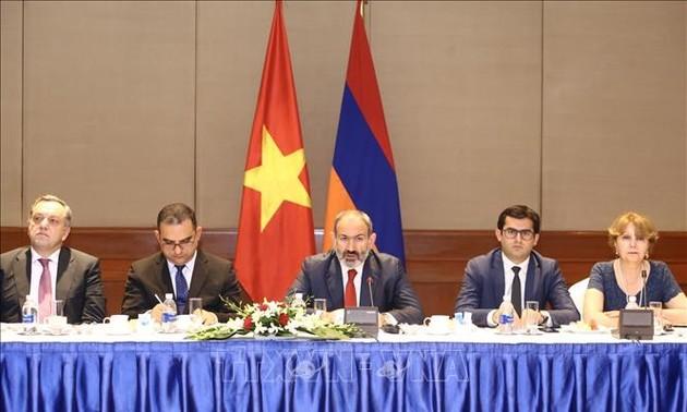 Armenian Prime Minister concludes Vietnam visit