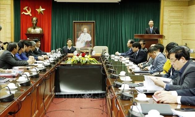 Senior Party official congratulates Vietnamese physicians