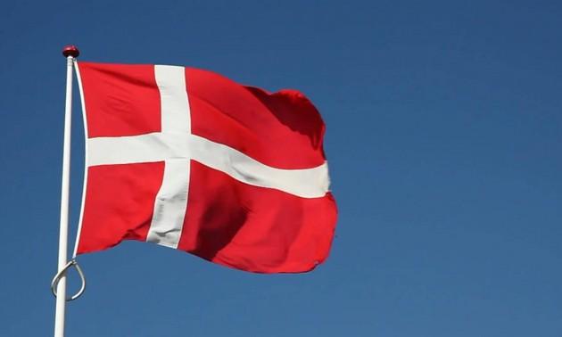 Vietnam congratulates Denmark on Constitution Day