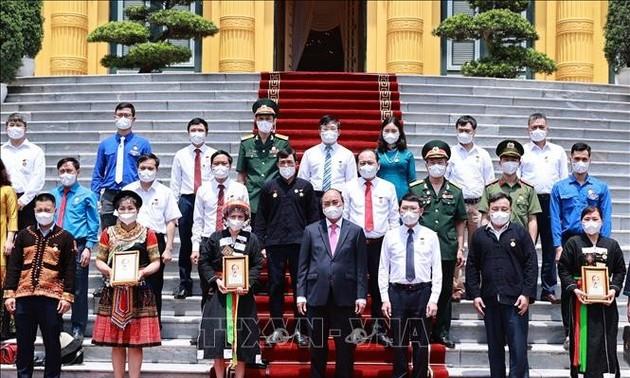 President Nguyen Xuan Phuc calls for strengthened national unity spirit