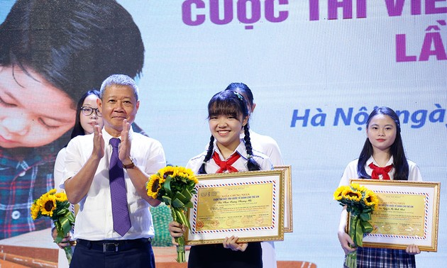 Letter sent to baby whose mother is infected with COVID-19 wins UPU Vietnam Contest
