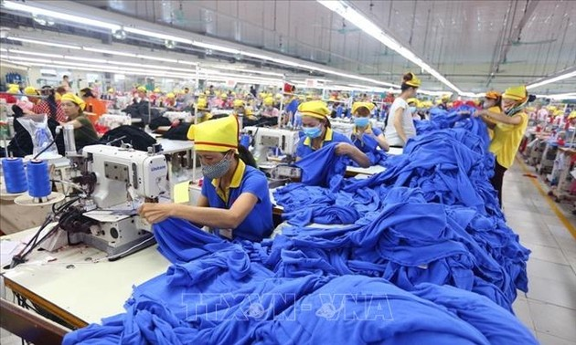 S&P revises Vietnam's outlook from Stable to Positive