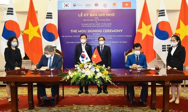 Vietnam, Republic of Korea treasures and promotes partnership