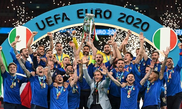 Italy win Euro 2020 after beating England on penalties