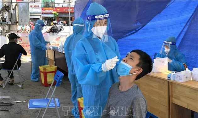 COVID-19: Vietnam records 10,583 more cases, Hanoi to ease restrictions