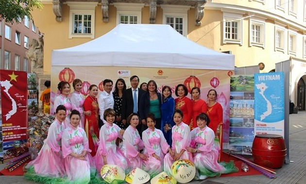 Vietnamese culture introduced at Germany's Augsburg Festival