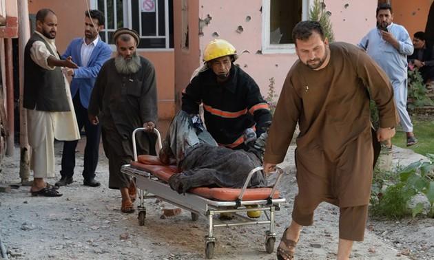 Почти 1.700 мирных жителей погибли в результате насильственных столкновений в Афганистане