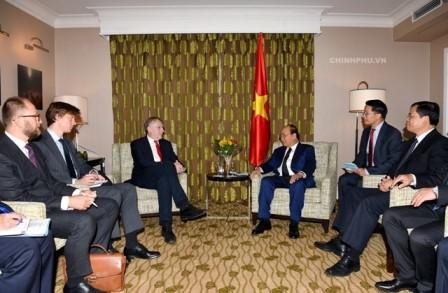 Премьер-министр Вьетнама Нгуен Суан Фук встретился с высокопоставленными чиновниками ЕС