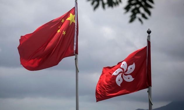 Китай и США возобновили спор из-за ограничения дипломатической деятельности в Гонконге (Китай)