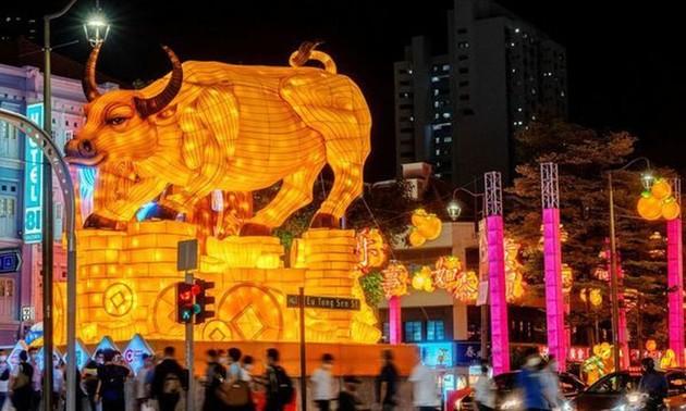 Азиаты встретили новый год по лунному календарю 2021