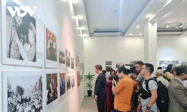 Photo exhibition details Vietnam-Cuba diplomatic ties throughout history