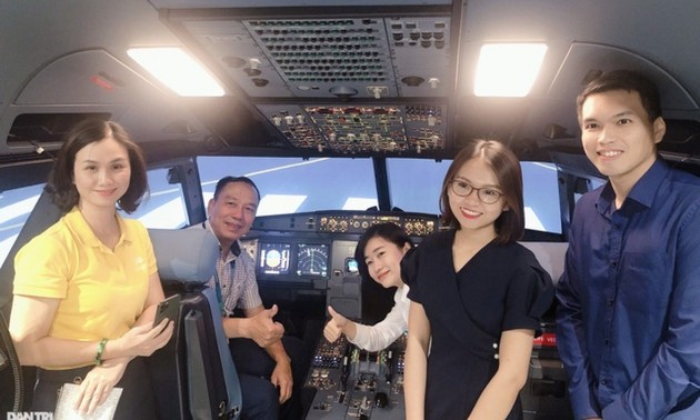 HCM City offers pilot training tour to visitors