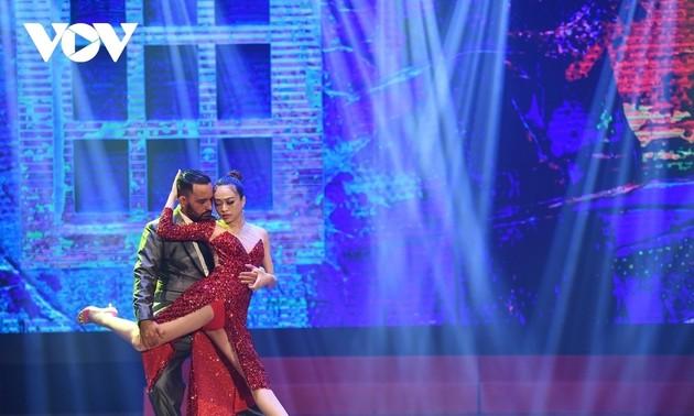 """""""Vietnam performs Argentina"""" guitar concert excites crowds in Hanoi"""