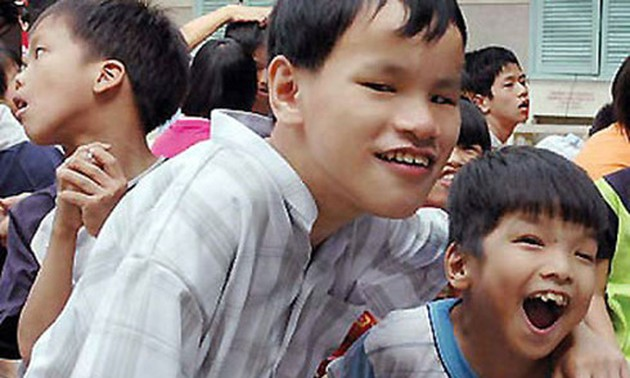 Le Thi Thanh Thuy wholeheartedly supports Agent Orange victims