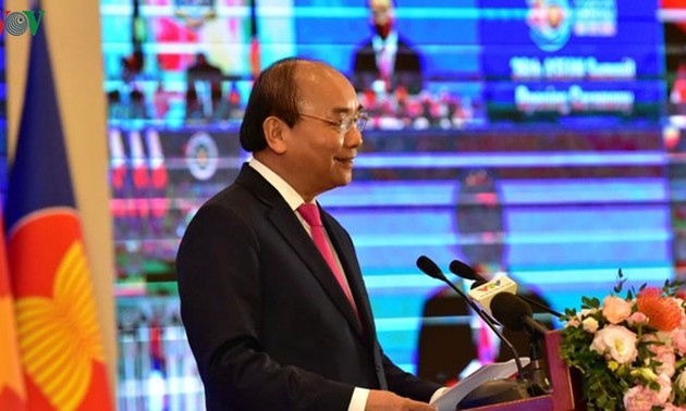 36th ASEAN Summit: Solidarity steers ASEAN out of challenges