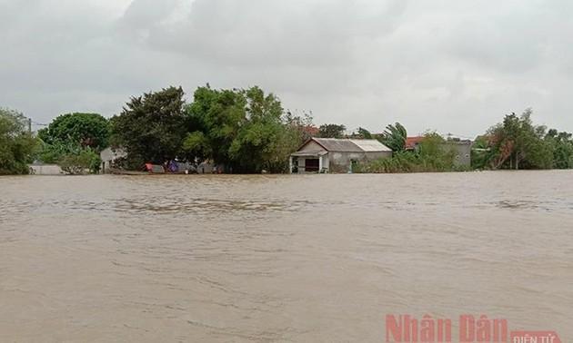 UNICEF grants aid to children in flood-hit central region
