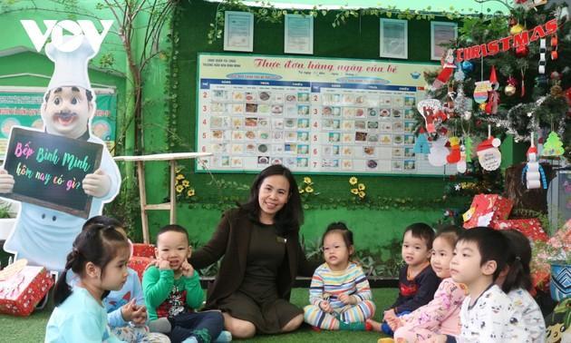 Kindergarten teacher's initiatives help disabled children better integrate into school environment
