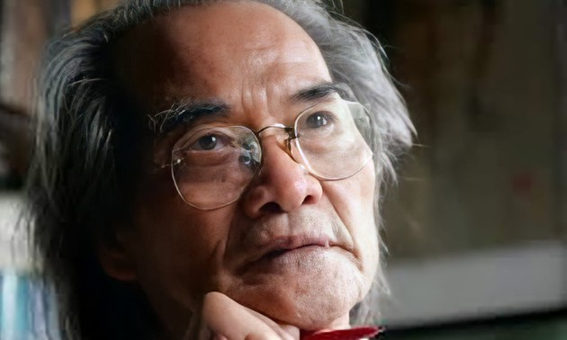 Writer Son Tung, who spends his entire career chronicling President Ho Chi Minh's life