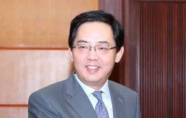 """Trao Kỷ niệm chương """"Vì hòa bình, hữu nghị giữa các dân tộc"""" tặng Đại sứ Trung Quốc tại Việt Nam"""