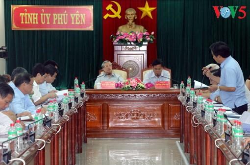 Thường trực Ban Bí thư Trần Quốc Vượng làm việc tại tỉnh Phú Yên