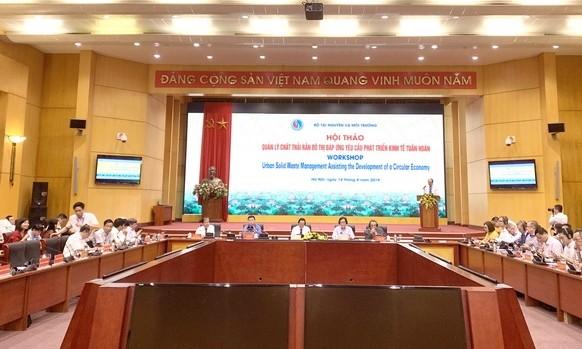 Việt Nam học hỏi quốc tế để quản lý chất thải rắn