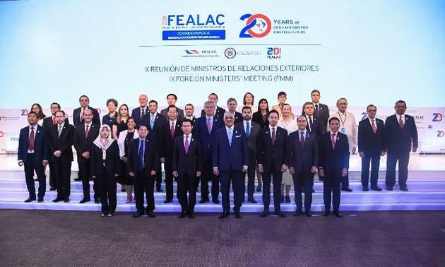 Việt Nam đề xuất sáng kiến thúc đẩy hợp tác Đông Á - Mỹ Latinh