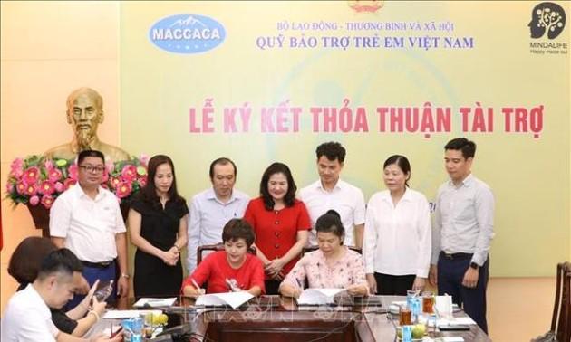Hỗ trợ cho trẻ em khó khăn thông qua Quỹ Bảo trợ trẻ em Việt Nam