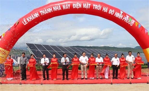 Khánh thành Nhà máy Điện mặt trời ở Ninh Thuận có vốn đầu tư hơn 1.000 tỷ đồng