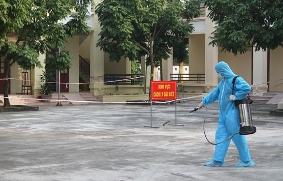 Việt Nam ghi nhận 3 người mắc COVID-19 được cách ly ngay khi nhập cảnh